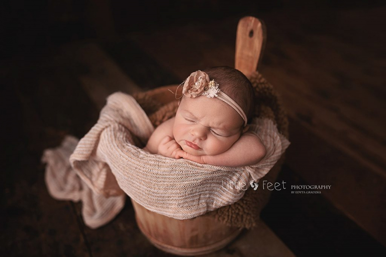 Kent newborn photographer newborn baby girl kent family photos gravesend dartford london